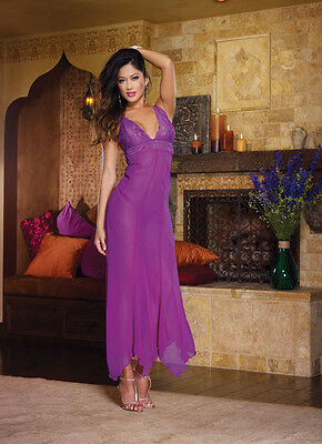 Scalloped stretch lace soft cup gown