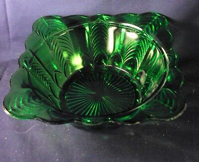 Florida Herringbone pattern master berry bowl emerald green US Glass