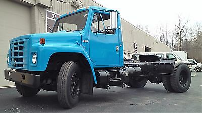 Genuine International S1700 Salt / Plow / Dump Truck
