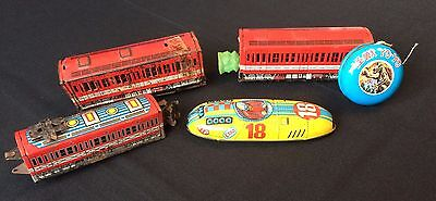 Vintage Japanese toys, trains, car and Yo-Yo, about 50 years old (D739)
