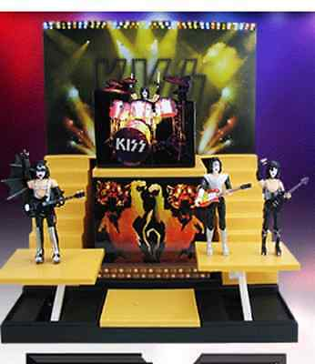 KISS  alive III  action figures and band stand