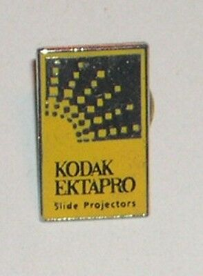Ancien PIN'S : KODAK Ektapro Slide projectors