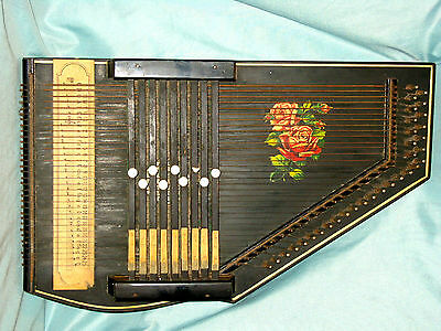 German Made Vintage 32 String Zither In Excellent Condition And Good Working Ord