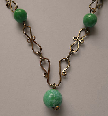 Vintage Art Deco Green Jadeite Bead & Fancy Rolled Gold Wires Necklace