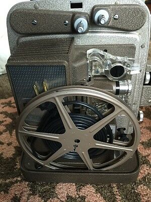 Bell & Howell Super 8 Auto load Projector 266A Working!