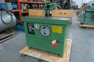 CASADEI Single Spindle Shaper, 3phase, 18.5amp, 8hp, 10000 rpm, Model: F/114