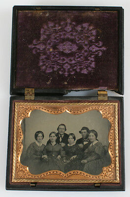 Stunning Sharp Ambrotype Portrait Of Large Group In Original Union Case