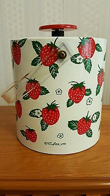 Vintage Culver LTD Marked Ice Bucket With Lid Strawberries Lucite Handle