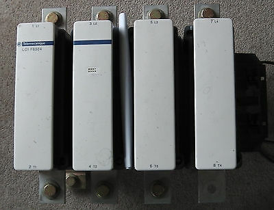 1000A 600Vac 4 pole Schneider contactor, LC1F6304, 230Vac coil, very low cycles