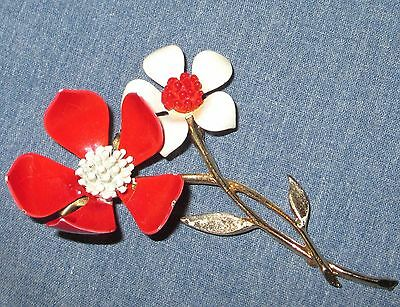 FLOWER POWER retro vintage RED WHITE ENAMEL flower brooch painted pin VGUC