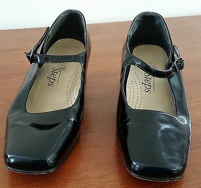 Retro 1980s Easy Steps BLACK Patent Leather Upper Mary Jane Heel Shoes size 6.5C