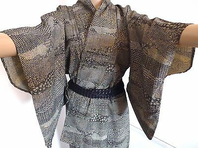 Authentic Japanese black kimono for women, flowers, good condition (I761)