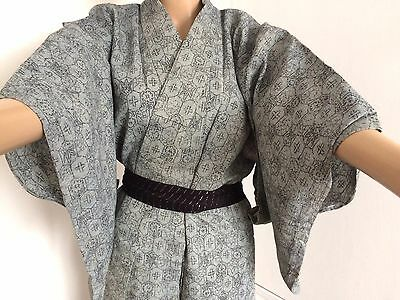 Authentic Japanese grey summer kimono for women, good condition (I763)