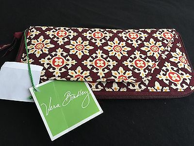 Vera Bradley Document Holder Travel Passport Wallet Organizer Nwot Medallion
