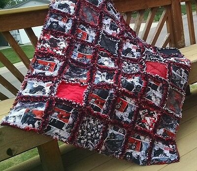 rag throw quilt~walking dead handmade in USA