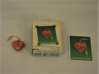 COLLECTIBLE miniature Hallmark Keepsake Ornament - Charming Hearts - 2004 - NIB
