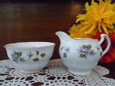 very pretty colclough tea set size milk jug & sugar bowl