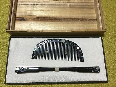 Japanese '70s wooden comb + KANZASHI, RADEN mother-of-pearl work