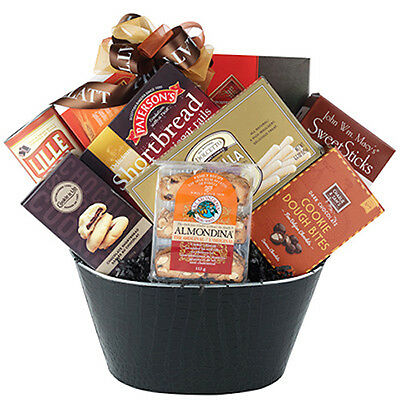 Gift Basket With Shortbread Cookies Dolcetto Wafer Rolls Biscotti Cookie Thins