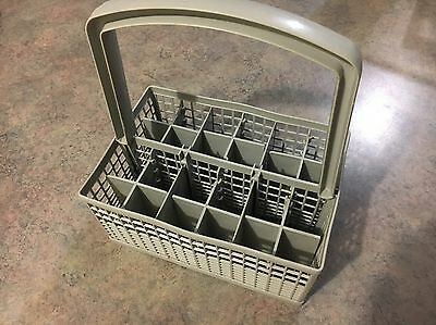 Fisher & Paykel Nautilus Soft Touch Dishwasher - Cutlery Basket