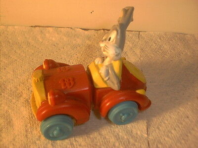 Vintage 1992 Warner Bros Bugs Bunny Expandable Car