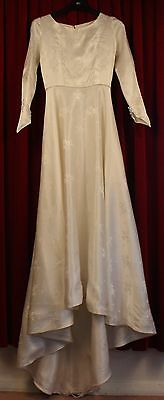 SMALL 1950's WHITE BROCADE WEDDING DRESS. ORIGINAL VINTAGE.