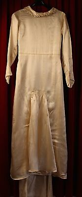 SMALL, CREAM SILK 1920's WEDDING DRESS. ORIGINAL VINTAGE AS IS.