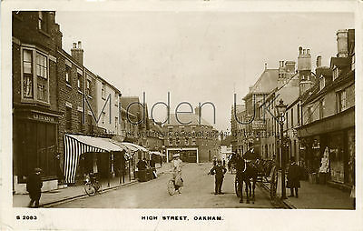 RA569 Early RP POSTCARD High Street - Oakham (near Uppingham) - Posted 1913