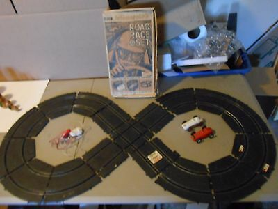 1963 Eldon Indianapolis 8 Road Race Set,figure 8 Track,2 Cars,2 Controllers,box