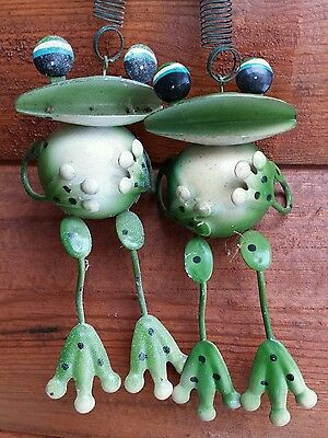 VTG Soldered Metal Frogs Spring Hand Painted Sculpted Custom Wildlife Nature Art