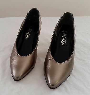 Retro 1990s Sandler Avenue Style PEWTER GOLD Leather Upper Court Shoes size 5B