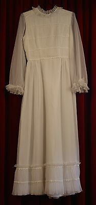 SMALL, 1960's,70's WHITE WEDDING DRESS. ORIGINAL VINTAGE.
