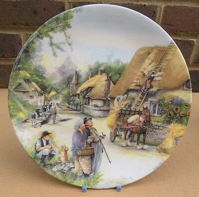 ROYAL DOULTON Old Country Crafts Collector Plate - The Thatcher