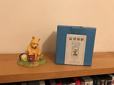 "Border Fine Arts Winnie The Pooh Ornament ""Pooh With Honey Jar""  New In Box"