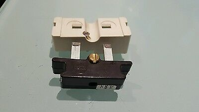 (Each)= Wylex 5 Amp Fuse And White Base 5A Cartridge Fuse C5 Standard Fuseboard