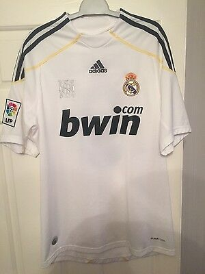 Small Men's Cristiano Ronaldo 2009/10 Real Madrid Home Shirt