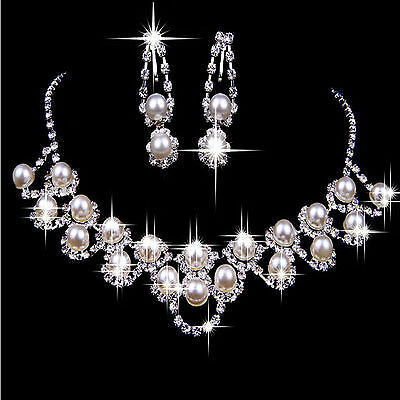 Beautiful Pearl Necklace and Earring Set - Stunning Bridal Jewellery