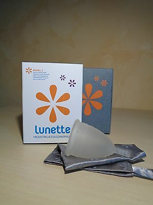 Lunette menstrual cup, Model 2, Classic Clear