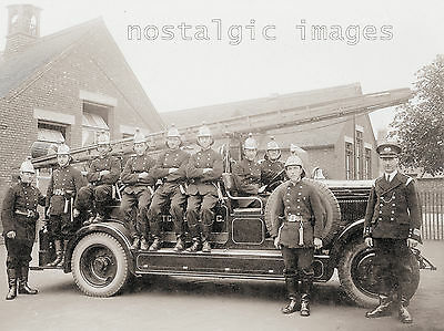 OLD PHOTO TAKEN FROM a 1930's IMAGE OF BLETCHLEY FIRE BRIGADE