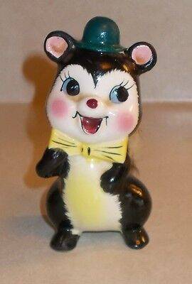 """Vintage porcelain 4 1/2"""" Skunk w/ top hat and bow tie with Furry Tail Figurine"""