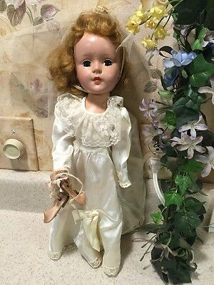 """VINTAGE~AMERICAN CHARACTER~14"""" SWEET SUE DOLL wearing WEDDING GOWN ~ Circa 1951"""