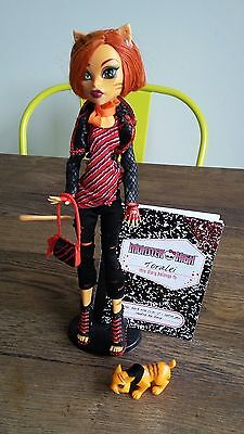 Monster High Wave 1 Toralei Stripe Doll - Stand Tail Pet Bag & Diary