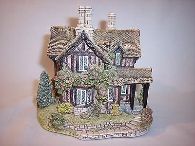 Vintage Lilliput Lane Chatsworth View Hand Made House Cottage Figurine England