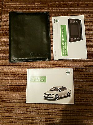 Skoda Octavia Owners Manual And Wallet  2013 - 2015