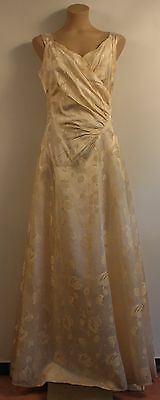 SMALL, 1950's CREAM WEDDING DRESS. ORIGINAL VINTAGE. MARKED.