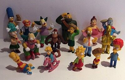 SIMPSONS COLLECTION OF 17 LIMITED EDITION FIGURES + 4 Simpson Family Figures