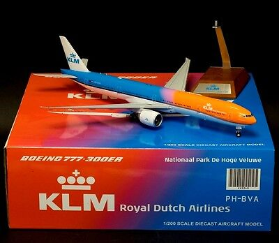 "Jc Wings Jc2240 1/200 Boeing 777-300Er Klm Ph-Bva ""orange Pride"" Stand Included"