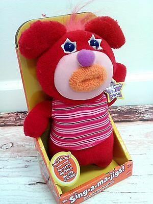 New Sing-A-Ma-Jigs Singamajigs Red Singing Toy