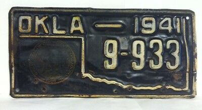 1941 OKLAHOMA License Plate (9-933) w/ State Seal on Plate