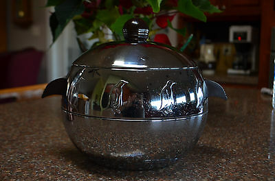 VINTAGE West Bend Chrome Penguin Hot Cold Ice Bucket Vintage Mid Century NICE!